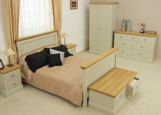 Downton Bedroom