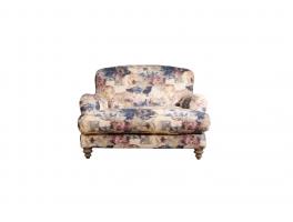 Tetrad FF Ruffle Snuggler Chair